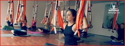 AeroYoga®  Yoga Aéreo© .es un método artístico de crecimiento personal creado y registrado internacionalmente por el español Rafael Martinez que utiliza la suspensión y la ingravidez como plataforma para fomentar creatividad, desbloqueo, tonicidad, definición muscular y rejuvenecimiento. Este método está creciendo en Europa y América desde hace años y se imparte en Latinoamérica y Europa desde el 2009. Se trata de algo más que fitness, yoga o pilates en un columpio.  Esta técnica puede ayudar a aumentar la calidad de vida gracias a que desarrolla cualitativamente no sólo las capacidades físicas sino también las mentales y emocionales, pudiendo aumentar agilidad, memoria y autoestima.