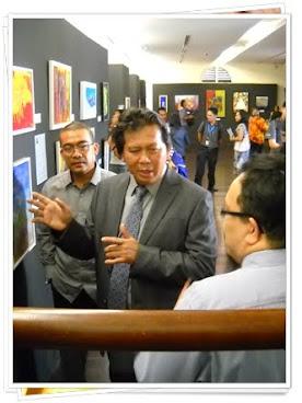 "APi Art Exhibition ""Lakar Abad Berlari"""