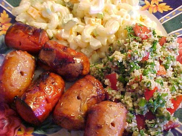 Brochettes de saucisses italiennes et Knackwurst au vinaigre balsamique