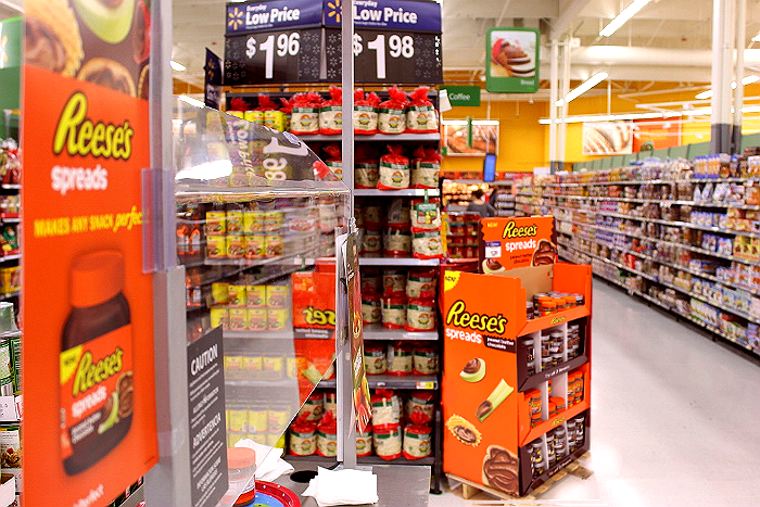 Make #AnySnackPerfect with new Reese's Spreads, now at Walmart. #ad