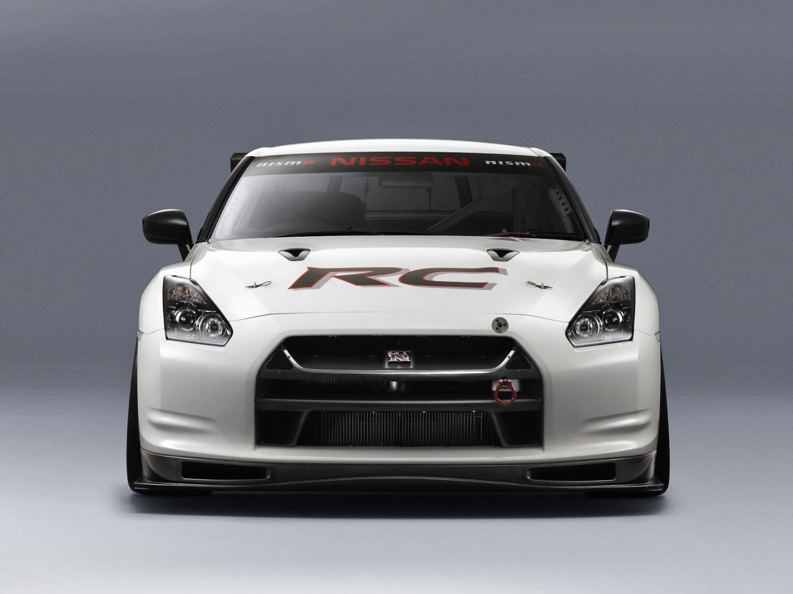 nissan nismo gt r rc prices photos just welcome to automotive. Black Bedroom Furniture Sets. Home Design Ideas
