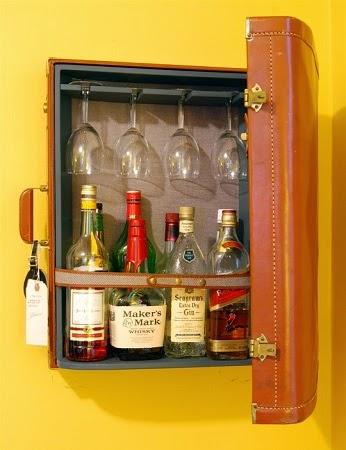 Reciclar maletas en minibar
