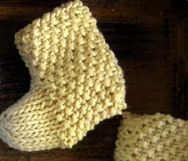 Golden Bird Knits Seed Stitch Baby Booties Knitting Pattern