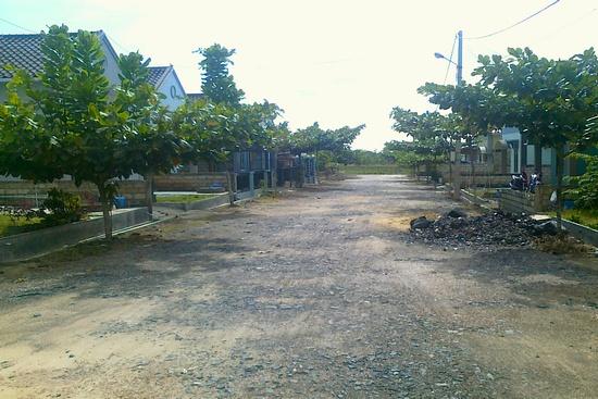 mencari perumahan murah - jalan akses ke perumahan