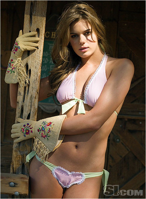 Sportsillustrated Girls: Yesica Toscanini