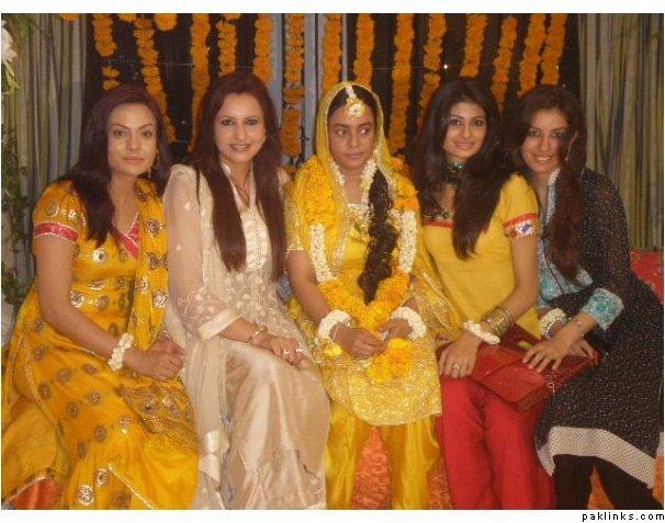 wedding pics of aliya imam wedding pictures