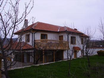Ремонт на много стара къща