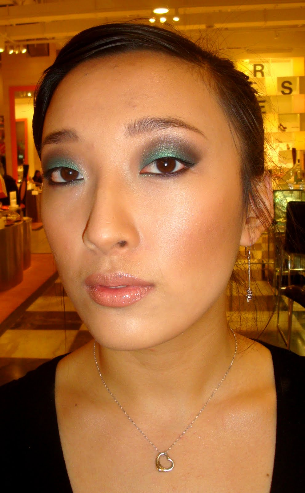 Morning Makeup Call Jenny How To Do Dramatic Green Eye Shadow By