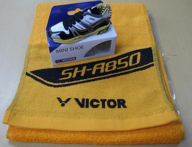 SH-9000ACE Shoe Keyring and SH-A850 Towel