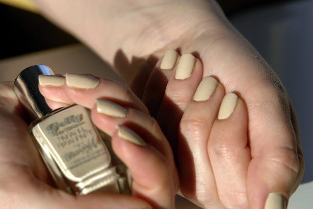 NAILS: Barry M Lychee nail polish, nails, NOTD, blog, review, beauty