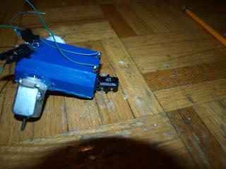 Cara Membuat Robot Mainan Sederhana Dari Barang Bekas