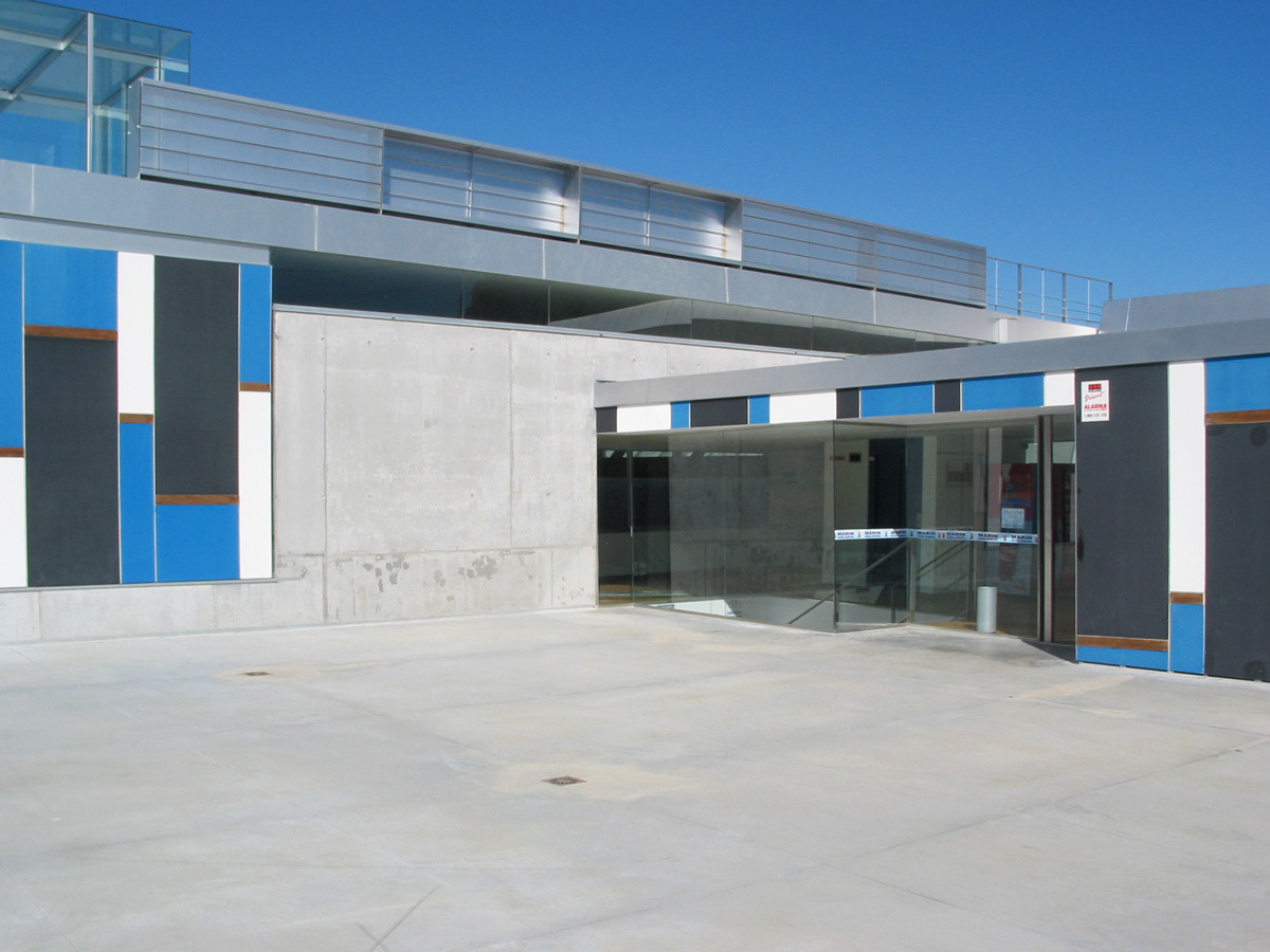 Facebook jose autos weblog for Piscina municipal mataro