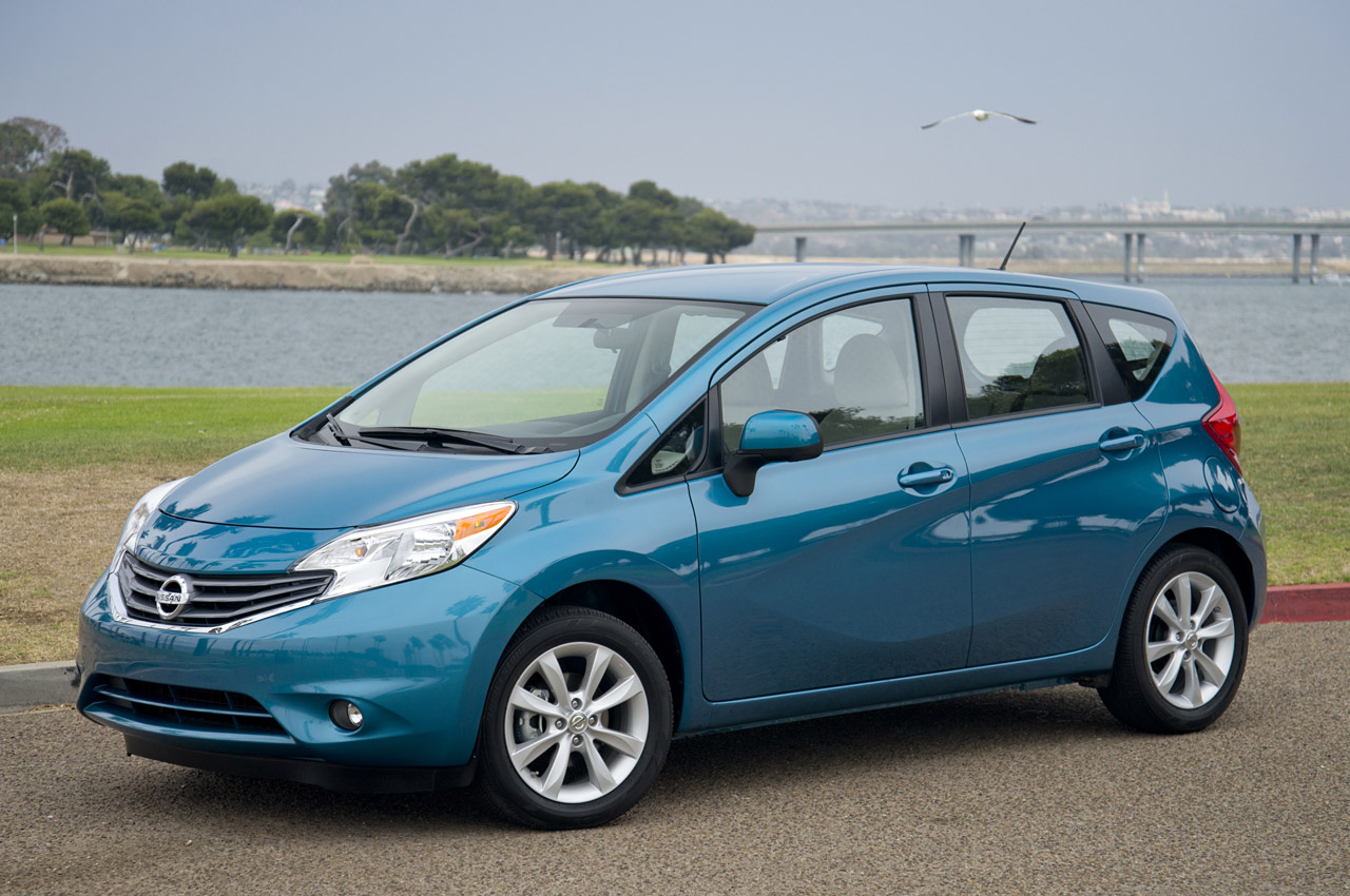 automotiveblogz 2014 nissan versa note first drive photos. Black Bedroom Furniture Sets. Home Design Ideas