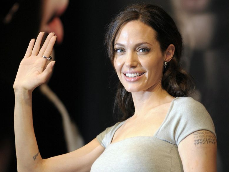 hollywood+actress+Angelina+Jolie+hot+photos