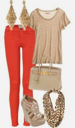 This pretty outfit with typical fall colors