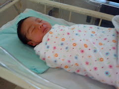 khayla newborn baby..