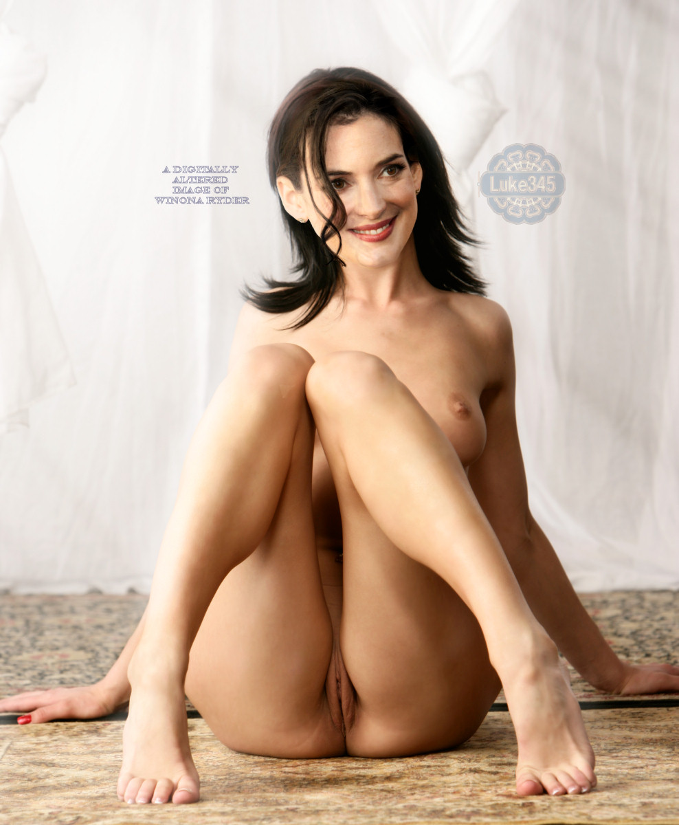 Tory musset naked
