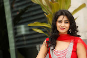 Shamili latest sizzling photo shoot-thumbnail-1