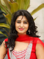 Shamili looking gorgeous in red-cover-photo