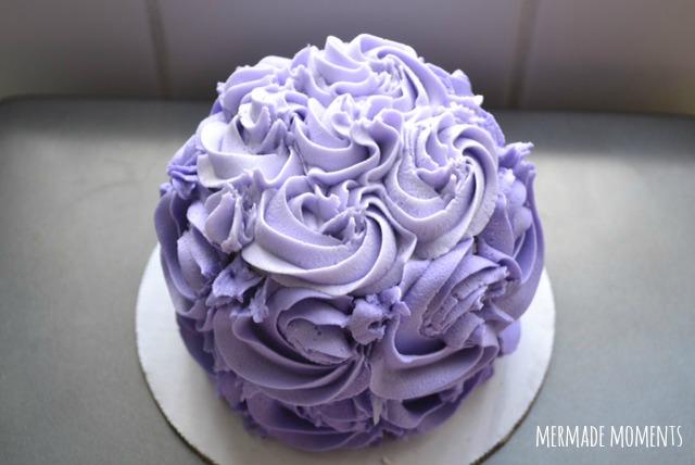 purple-ombre-rose-cake