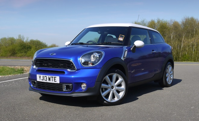 Mini Paceman Cooper SD front view