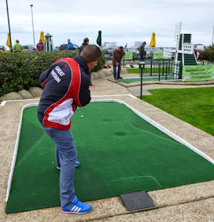 Photo of Richard Gottfried at the World Crazy Golf Championships in Hastings