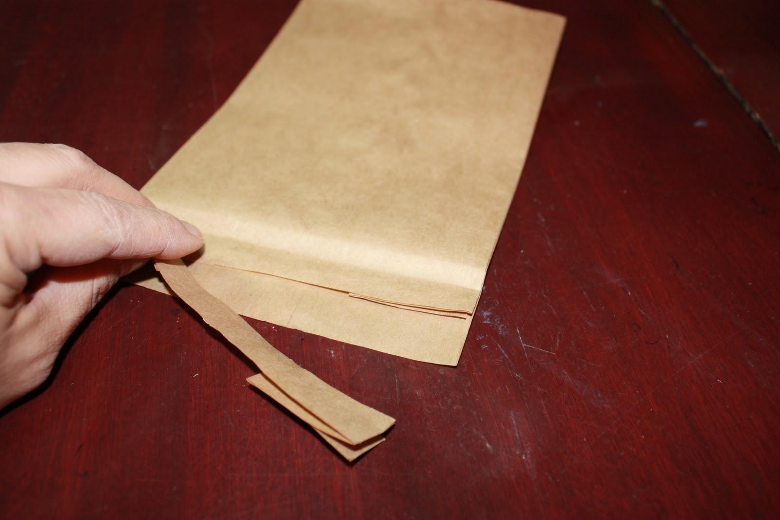 tampes jolie cr er une enveloppe avec un sac a lunch create an enveloppe whit a lunch bag. Black Bedroom Furniture Sets. Home Design Ideas