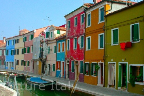 canal in burano photo