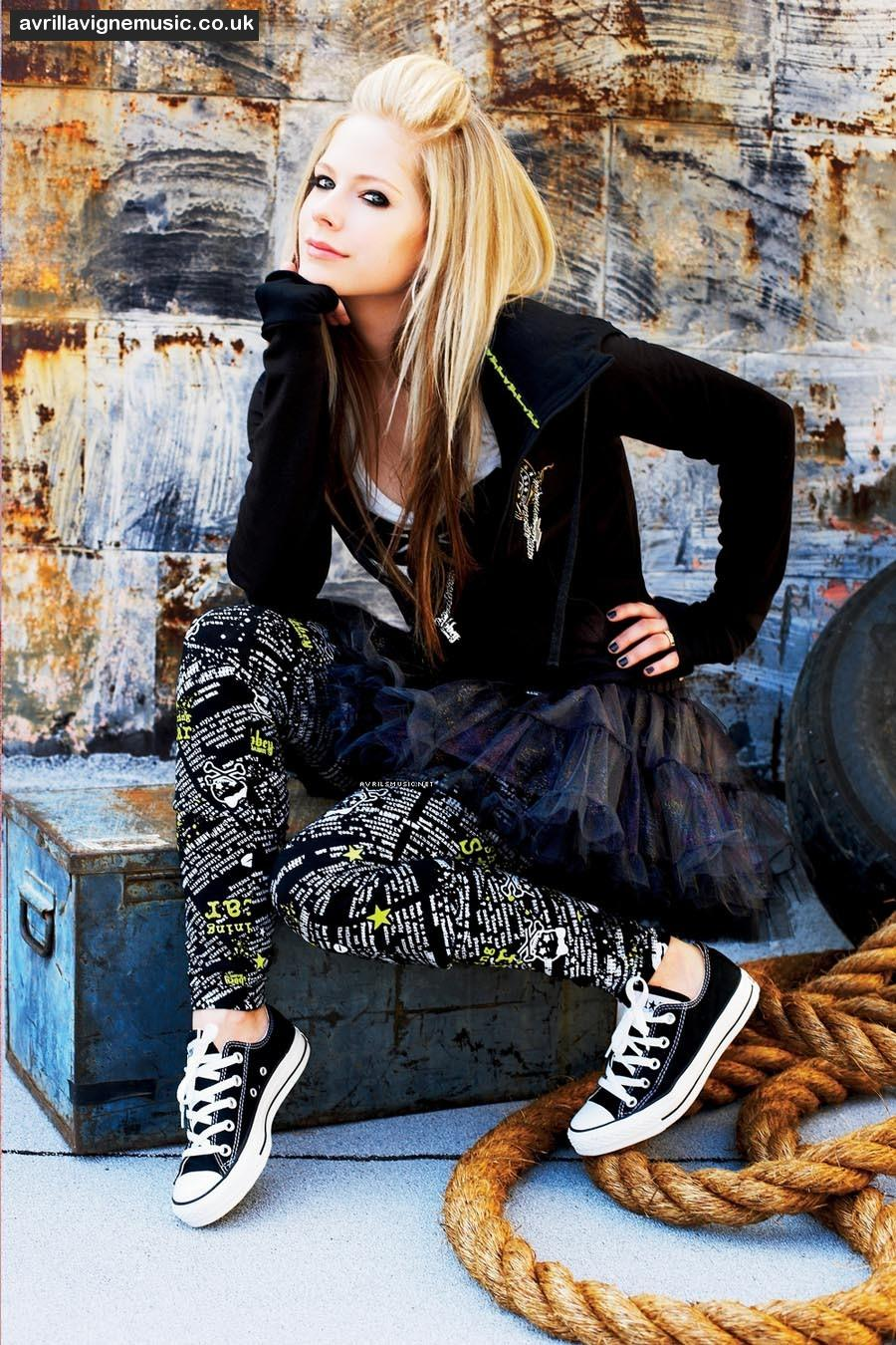 avril lavigne fashion