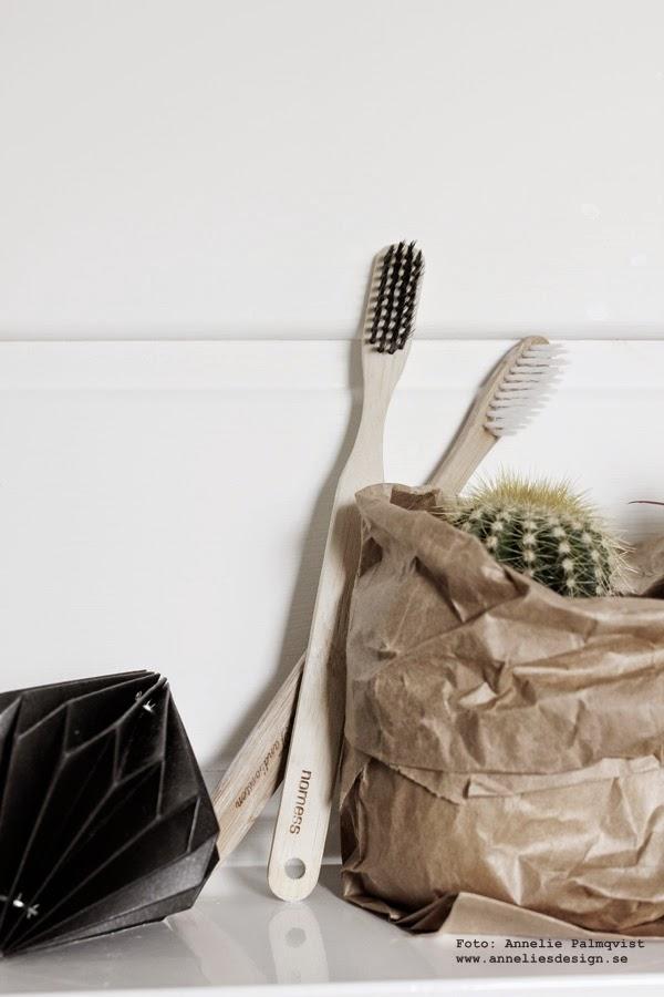 natur, trärena tandborstar, hexagon hylla, vitt, pappersdiamant, diamant, diamanter av papper, webbutik, webshop, inredning, kaktusar i påse, påsar, detaljer, inredningsblogg, badrum, badrummet,