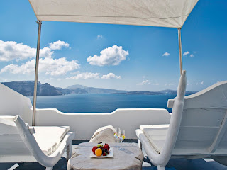 santorini luxury hotels 3