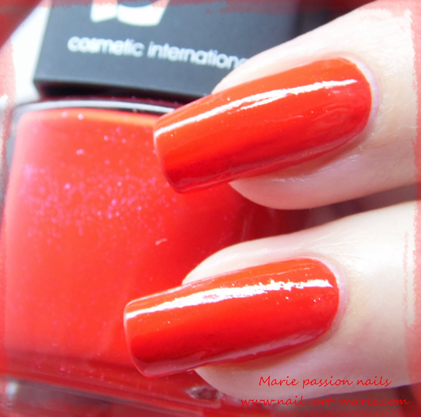 LM Cosmetic Commedia4