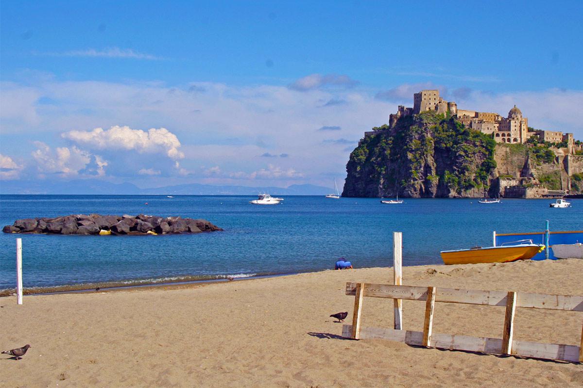 Appartamenti ischia le spiagge del lido di ischia relax for Appartamenti ischia