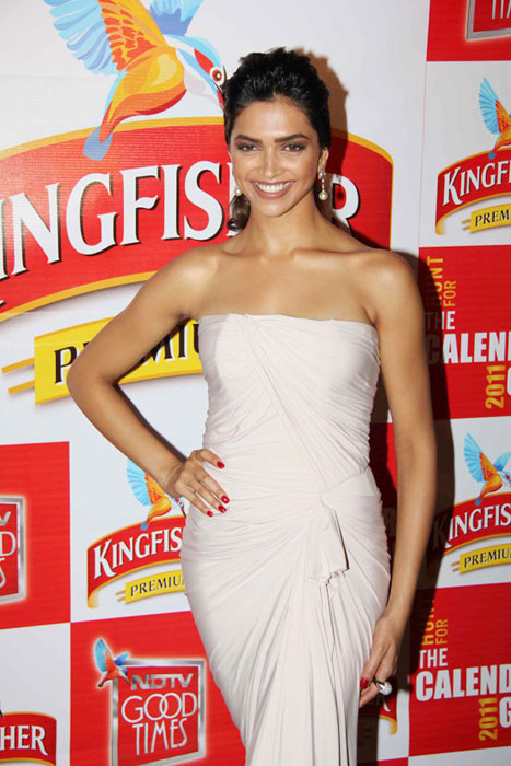 deepika padukone at kingfisher event glamour  images