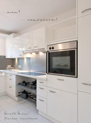 Küche renovieren und modernisieren - statt Holz Arbeitsplatte Quarzstein weiss