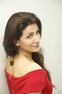 Anushya Stills (11).jpg