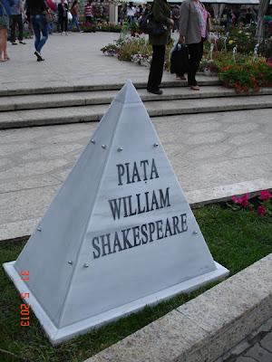 Piata William Shakespeare