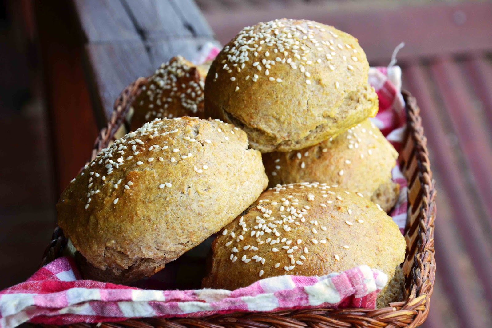 ... Cook: Turkey-Mushroom Burger with Homemade Whole Wheat Rye Buns