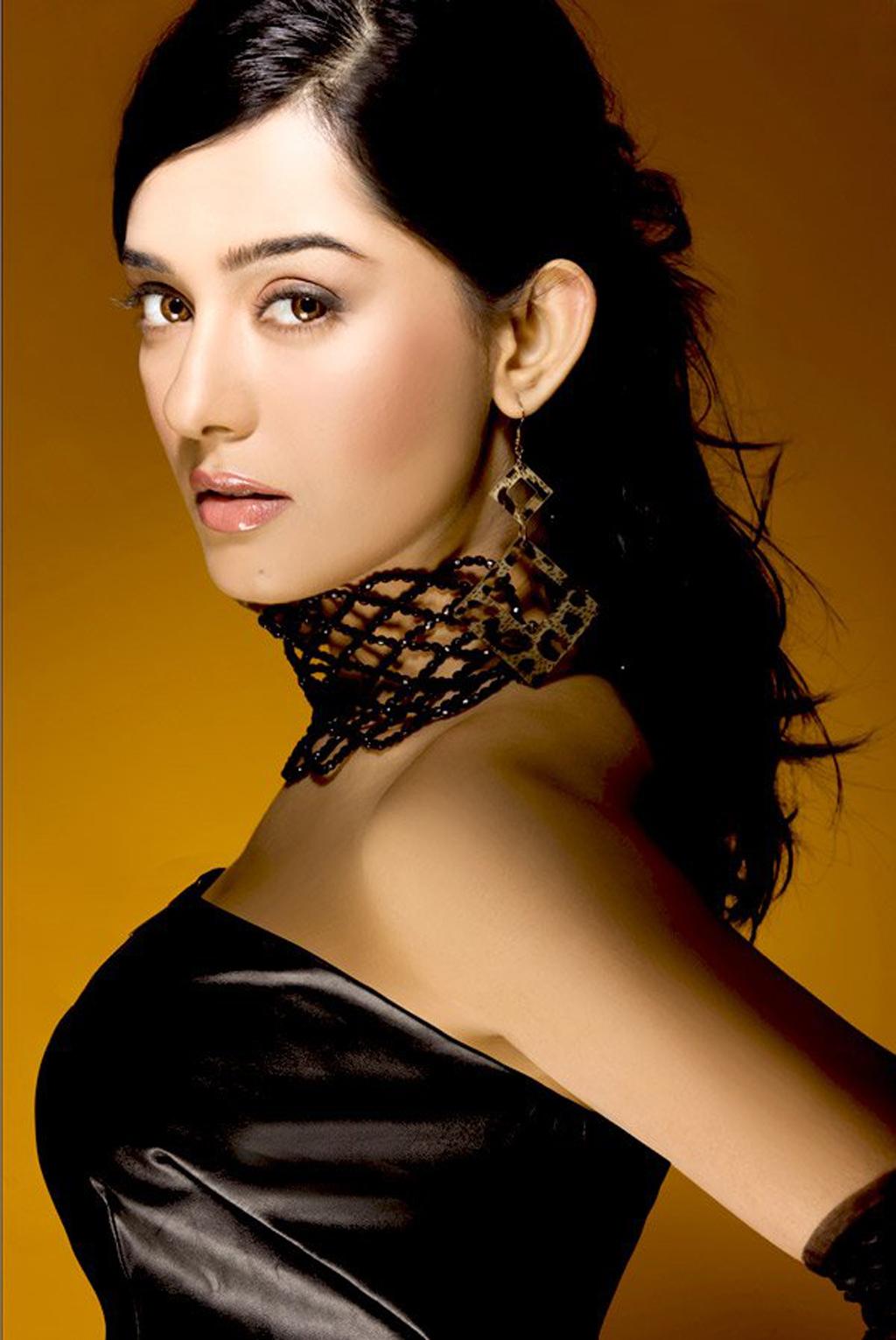 52 Best Amrita Rao images   Amrita rao, Bollywood actress ...