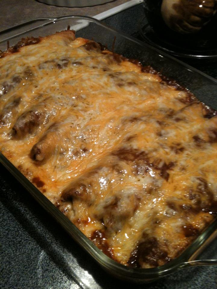 Pammy's Cooking & Whatnot: Chili Dog Casserole (Pinterest)