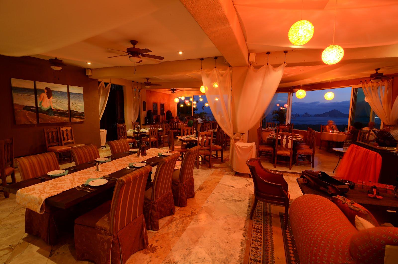 Puerta Vieja Restaurant