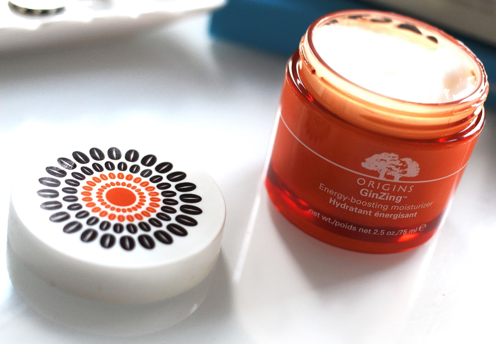 Beauty blogger reviews the Limited Edition Origins GinZing Energy Boosting Moisturiser