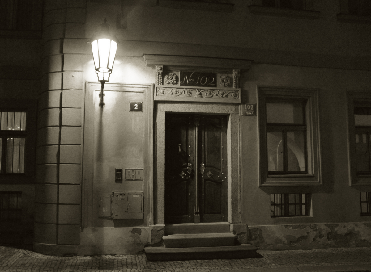 no. 102 in Mala Strana, Czech Republic - duotone
