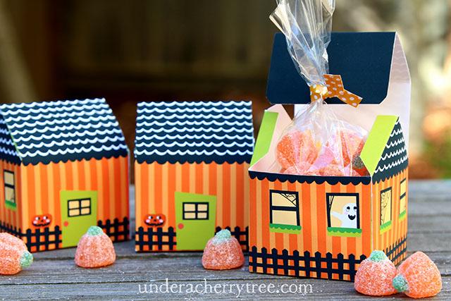 http://interneka.com/affiliate/AIDLink.php?link=www.letteringdelights.com/confetti-halloween-haunted-house-pr-p13659&AID=39954