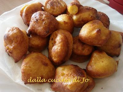fritole salate di fiocchi di patate