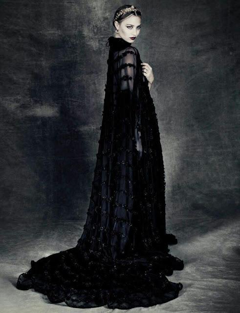 Beatrice Borromeo Casiraghi - Valentino - Paolo Roversi - Vogue Italy