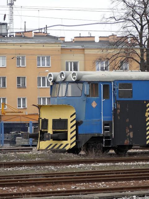 Lemieszowy pług odśnieżny serii 411S na stacji Kielce