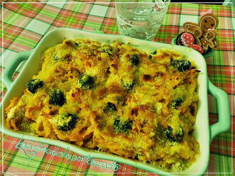 tagliatelline gratinate al forno con salame di varzi / tagliatelline gratin baked with salami varzi