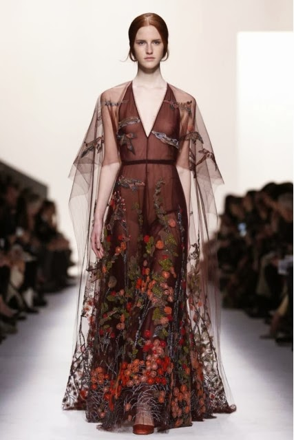 Valentino, maison-valentino, valentino-fall-winter-2014, Valentino-automne-hiver-2014, Valentino-womenswear, dudessinauxpodiums, du-dessin-aux-podiums, Maria-Grazia-Chiuri, Pierpaolo-Piccioli, comedia-dell-arte, tenue-arlequin, valentino-ready-to-wear, fashion, mode, pfw, pfwreview, paris-fashion-week, fashion-week, fashion-week-2014, paris-fashion-week-2014, paris-fashion-week-review, evening-dresses, blog-mode, cocktail-dresses, dresses-online, plus-size-dresses, ladies-dresses, womenswear, mode-a-paris, designer-dresses, site-vetement-femme, robes-sexy, sexy-clothes, robe-guess, robe-classe