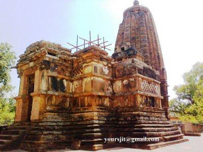 Narayanpal Vishnu Temple